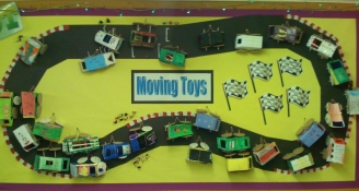 Moving Toys Display